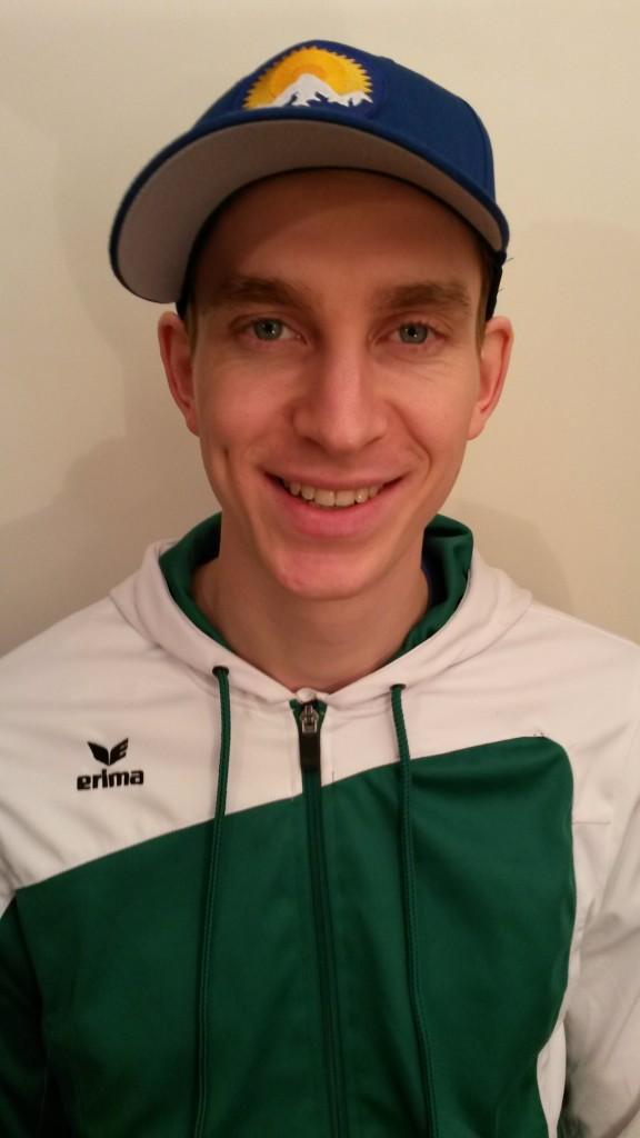 Das Bild zeigt Konstantin Wechsler. Er ist Regionalligaspieler, Jugendtrainer und Jugenbeauftragter des WVV für den Bezirks Rheinland
