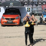 Das Foto zeigt Laboureur/Sude Freude über den Punkt beim FIVB Beachvolleyball Major Hamburg 2016