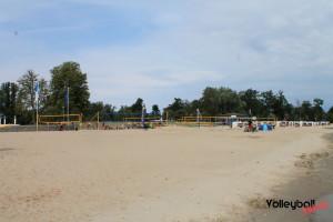 Das Foto zeigt die Beachfelder beim Inchezplus Beachvolleyballcamp Ueckermünde