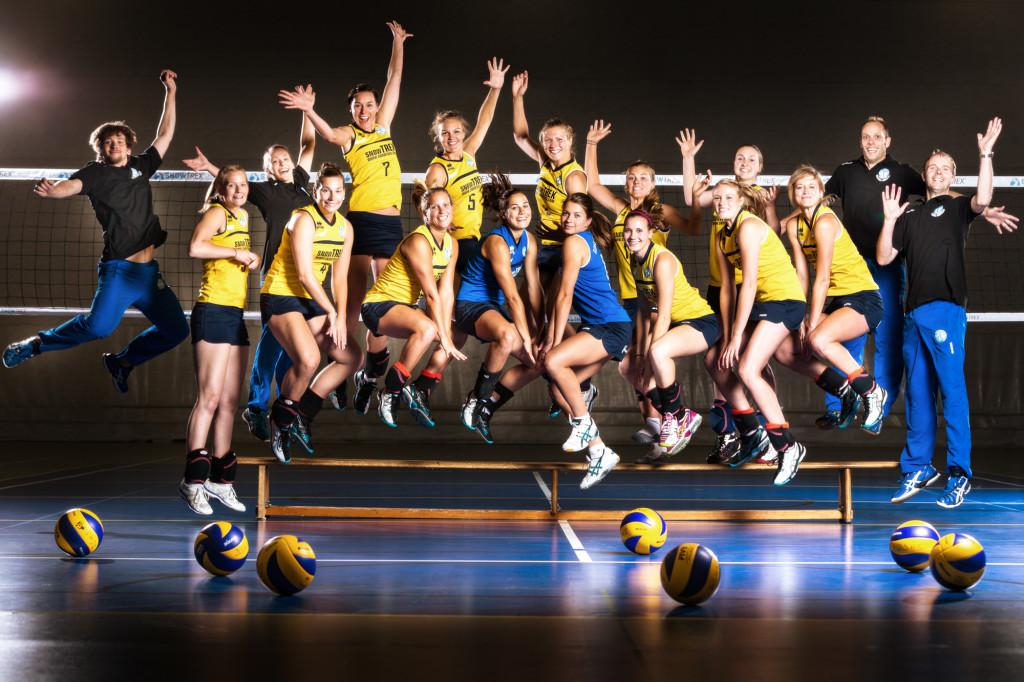 Das eingesprungene Mannschaftsfoto DSHS SnowTrex Köln 2014/15 (Foto: Martin Miseré)
