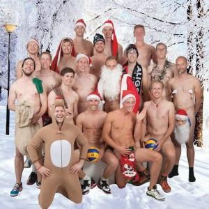 Das Bild zeigt ein sexy Weihnachtsteamfoto der Sportfreunde Aligse aus dem Jahr 2015