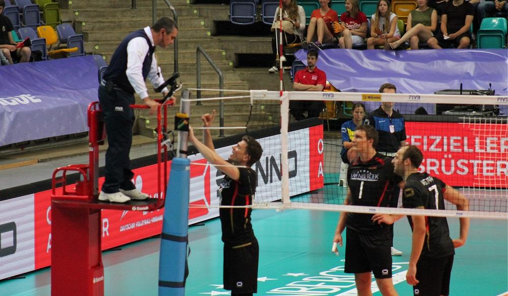 7 Wege einen Volleyball-Schiedsrichter zu respektieren