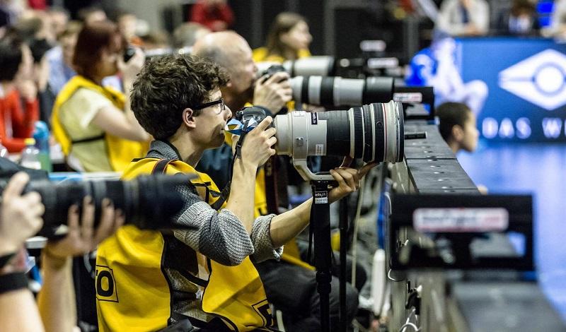 Tipps zum Fotografieren von Volleyball in der Halle