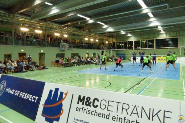 Das Foto zeigt ein Spiel aus der 2. Volleyball Bundesliga in Hürth.