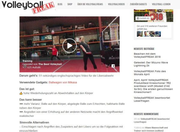 Das Foto zeigt eine Reflektion von einem Volleyball Trainingsvideo!