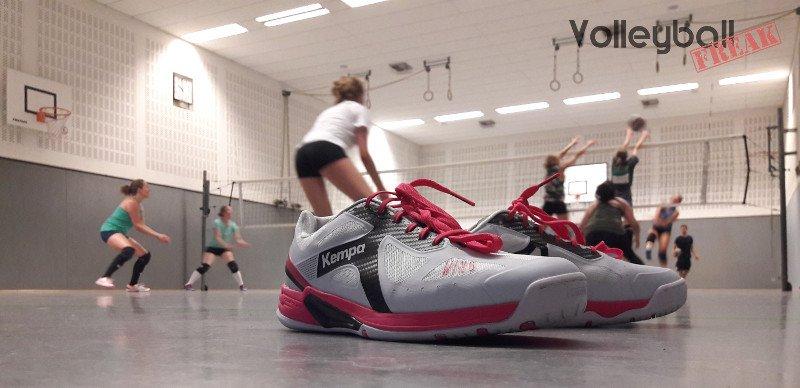 Eignet sich der Kempa Wing Lite als Volleyballschuh? Der Testbericht.