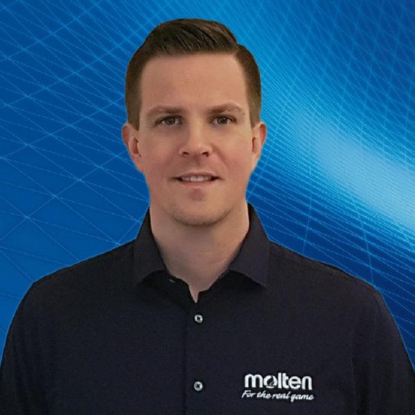 Das Foto zeigt Markus Wedler von Molten, der mit VolleyballFREAK ein Telefoninterview geführt hat.