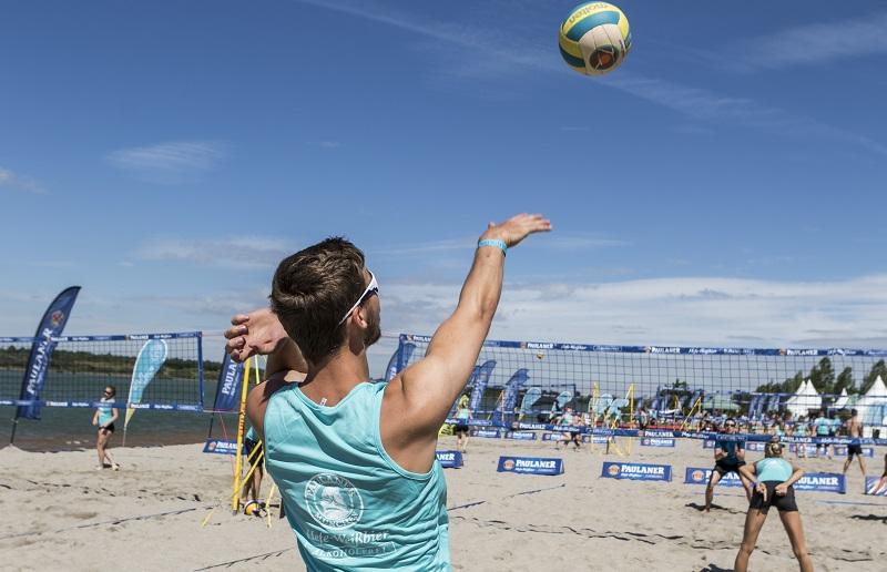 Sponsored Post: Paulaner Beach Days – Beachvolleyball und mehr an vier Standorten in Deutschland!