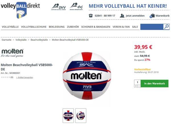 Das ist ein Screenshot des Molten Beachvolleyballs V5B5000 im Onlineshop Volleyballdirekt.de mit Liefertermin Ende Juli 2018.