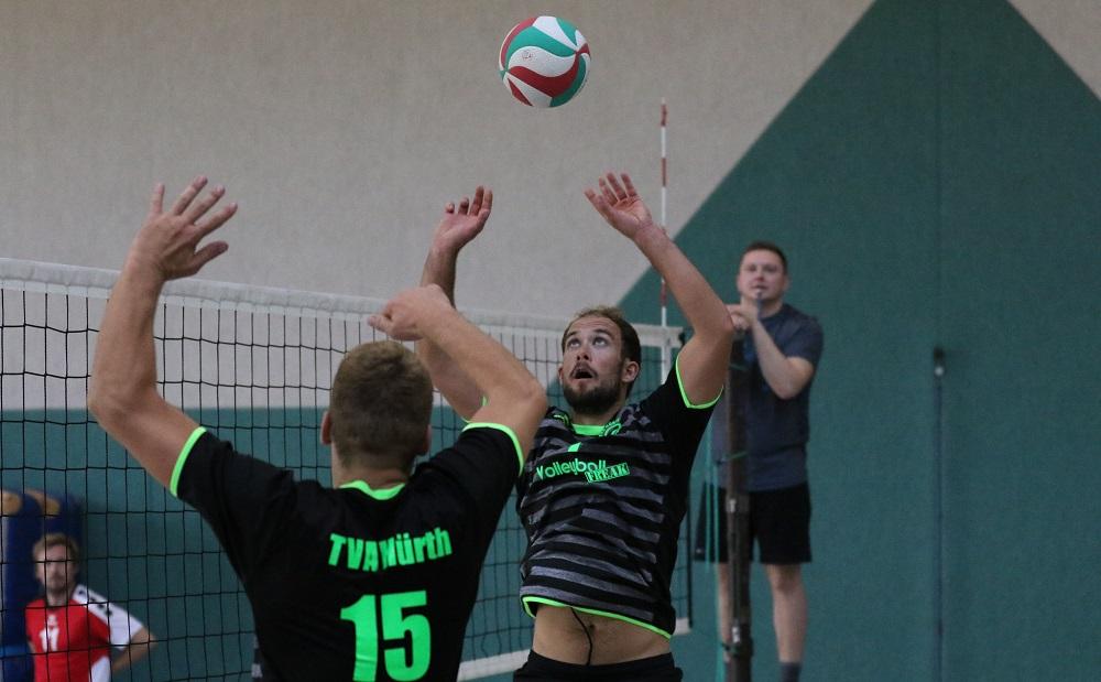 Volleyball Kombinationsangriffe – den Gegner perfekt täuschen!