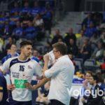 DVV-Pokalfinale 2019: Letzte Anweisung von SVG Trainer Stefan Hübner an Ryan Sclater.