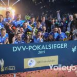 Siegerfoto mit dem VFB-Friedrichshafen, dem DVV-Pokalsieger 2019