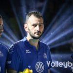 Das Foto zeigt Ioannis Athanasopoulos bei der Siegerehrung im DVV-Pokalfinale 2019