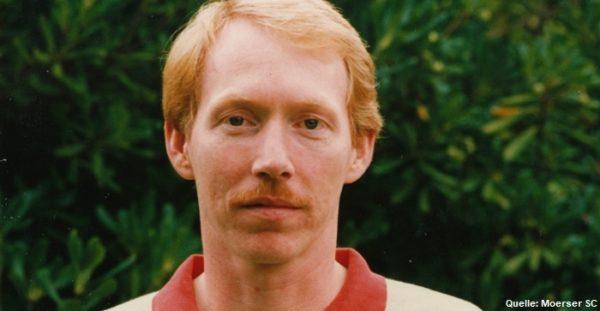 Das Foto zeigt Jürgen Wagner 1992 beim Moerser SC im Meisterjahr.