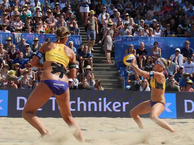 Beach Volleyball Techniken und Taktiken: Mit Fake-Block und Drop erfolgreich sein