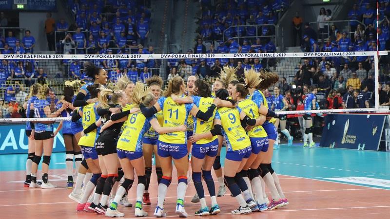 VolleyballFREAK TOP 10: Warum Volleyball die Sportart Nr. 1 ist (und nicht Fußball oder Basketball)