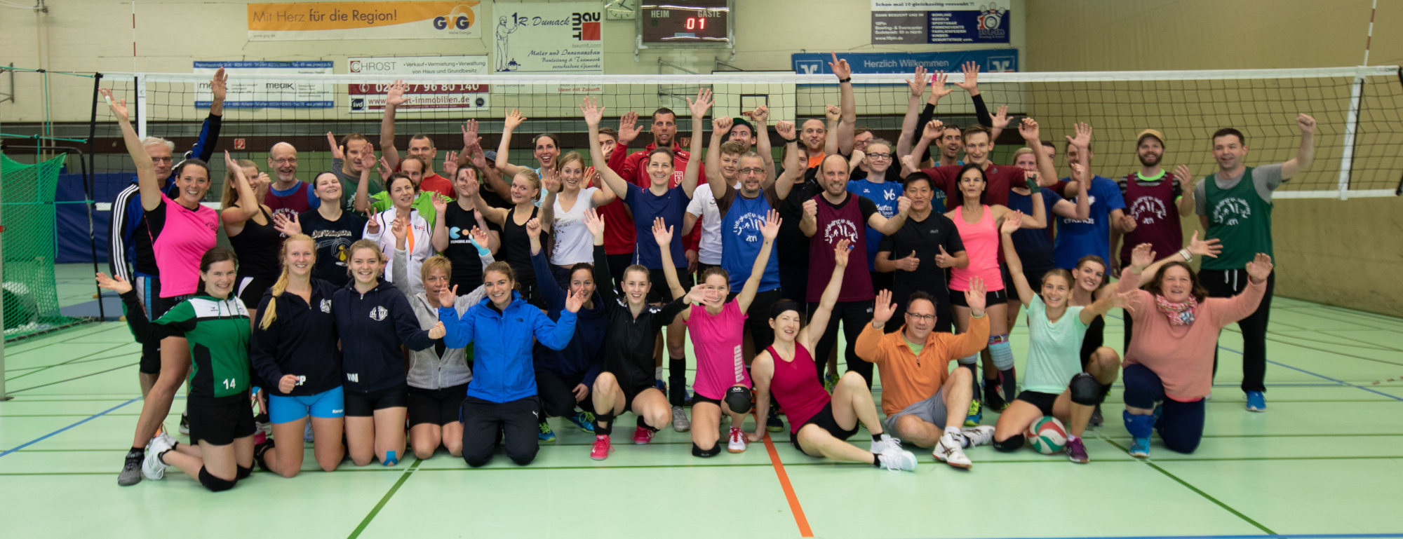 Das Gruppenfoto mit 41 Volleyballern vom 1. Volleyballfreak Trainingslager 2019.